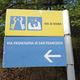 circuit GPS de rando, De Assisi à Valfabbrica : Panneau directionnel de balisage du Sentiero