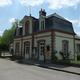 circuit GPS de rando, Chemin des Trois Calvaires - Asnières : La mairie de Bailleul-la-Vallée © Havang(nl) - Wikipédia