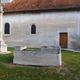 circuit GPS de rando, Circuit d'Ailleville - Bar-sur-Aube : Sarcophages exposé © Samrong01 - Wikipédia