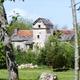 circuit GPS de rando, Boucle de Lacapelle Balaguier : Madonel:  Maison typique avec pigeonnier couvert de lauzes ©Le Lotois